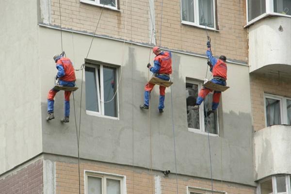В Тернополі розпочали утеплювати будинки за програмою енергоефективності (ВІДЕО)